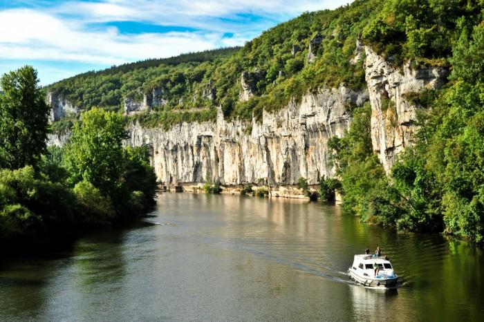 Le lot un pays secret d couvrir location vacances et chambres d 39 h tes en vall e dordogne - Chambre d hotes en dordogne ...
